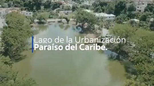 Iniciamos la jornada de limpieza del lago de la Urbanización Paraíso del Caribe. Bajo la supervisión del Alcalde José Andújar.